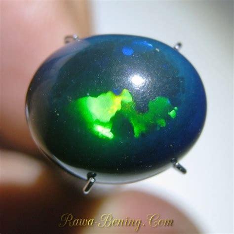 batu mulia black opal picasso jarong neon mozaik 5 20
