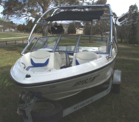bowrider boat ladder bayliner 175 bowrider 2006 apex marine