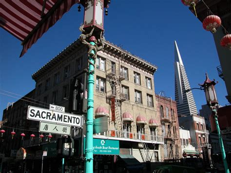 sacramento street san francisco chinatown san francisco neighborhoods