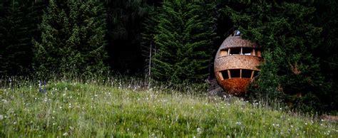 dormire casa sull albero dormire in una casa sull albero guardando le stelle si pu 242