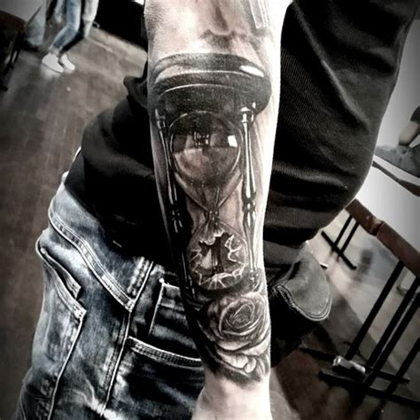 hourglass tattoo for men 30 broken hourglass designs for time ink ideas