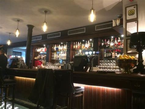 S Kitchen Edinburgh by The Bar Picture Of Hamiltons Bar Kitchen Edinburgh