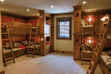 4 bunk beds in a room bunk beds for four wonderful space saving additions to the rooms