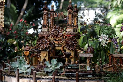 the new york botanical garden s 13th annual orchid show holiday train show 2016