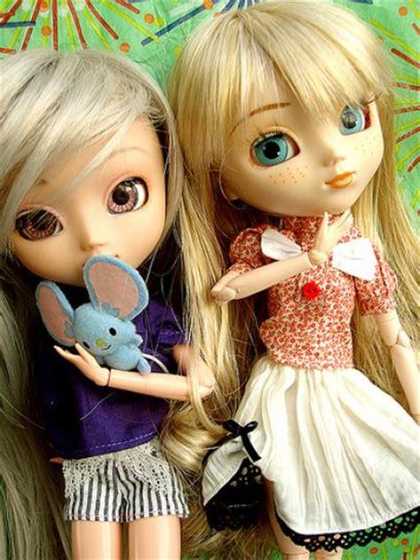 themes of cute dolls wallpaper girls 2011 wallpaper baby angel