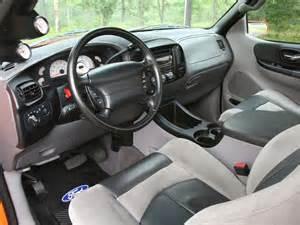 mmfs 070031 06 z 2001 ford svt lightning rear photo