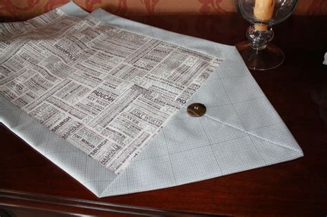 10 minute table runner sewing