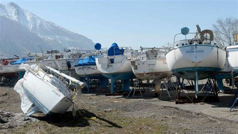 lowe boats utah officials touring utah s drought stricken great salt lake