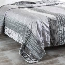 boutis gris 240 x 260 cm lumi 200 re maisons du monde