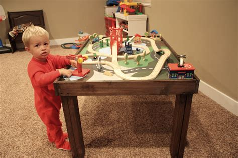 How To Play Table by 20 Cool Diy Play Tables For A Room Kidsomania