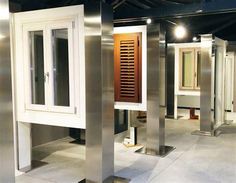 esposizione porte esposizione serramenti porte e finestre gate firenze