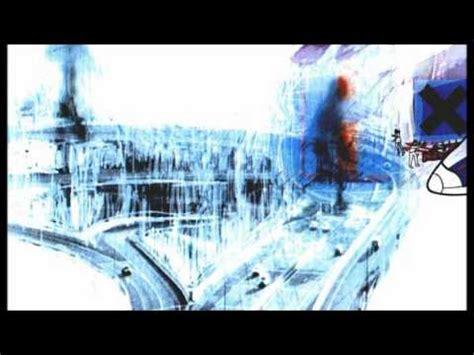 radiohead no surprises testo airbag radiohead testo e