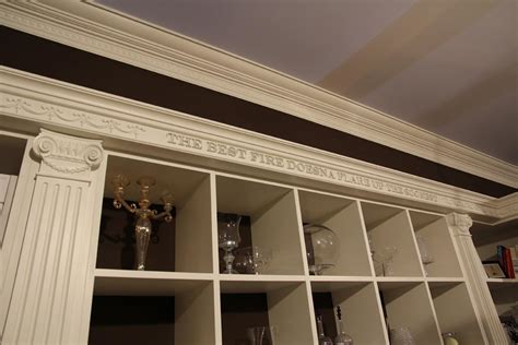 wandfarbe wohnzimmer dunkle möbel matratzen ikea