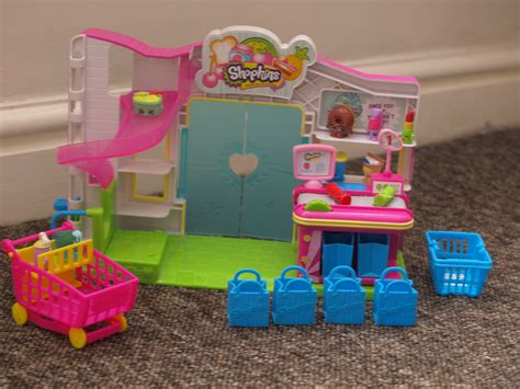 Shopkins Supermarket Playset shopkins supermarket playset review here come the