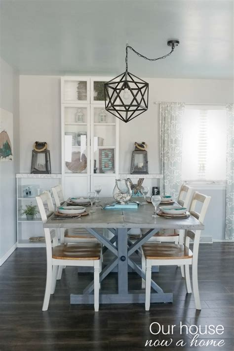 how to blend fall decor into a blue and coastal themed