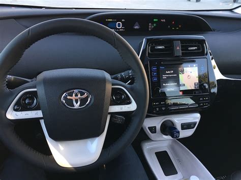 2016 toyota prius heated seats eight reasons the 2016 toyota prius will capture your