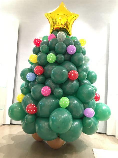 christmas balloon sculpting  balloons