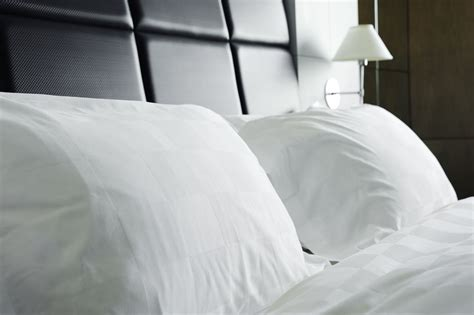 how to wash bed pillows how to wash feather bed pillows