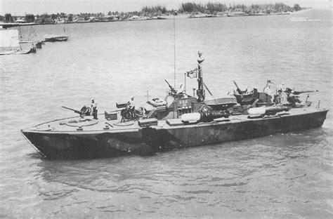 pt boat elco elco boats return to the italeri 1 35 elco 80 torpedo