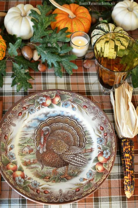 thanksgiving table with turkey best 25 thanksgiving plates ideas on