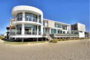 good Best Decorated Kitchens #6: imaginative-excellent-modern-dream-beach-houses.jpg