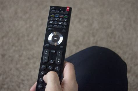 how to reset vizio tv remote how to program a vizio remote control with pictures ehow