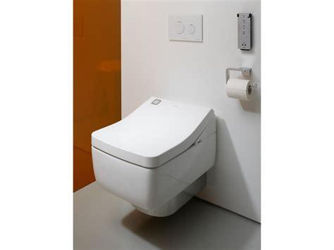 Toilet Bidet Combo Japanese. Toto Washlet C200 Bidet