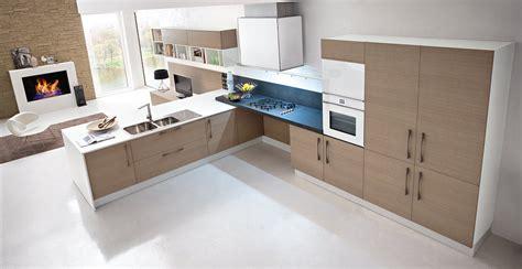 arredare cucina e soggiorno insieme soggiorno arredamento cucina
