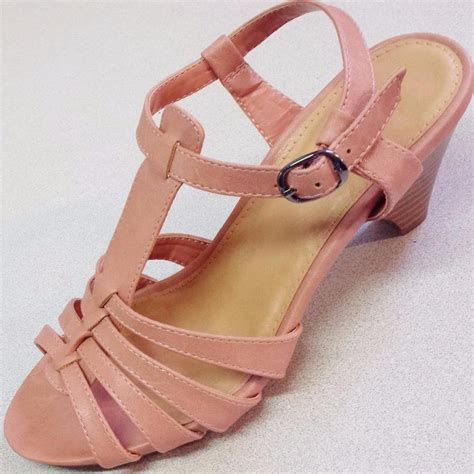 coral sandals size 11 new s barrow lizzy coral heels strappy