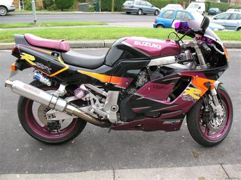 1995 Suzuki Gsxr 750 1995 suzuki gsx r 750 ws moto zombdrive