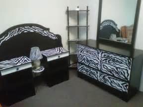 zebra decor for bedroom zebra bedroom furniture zebra bedroom furniture decor