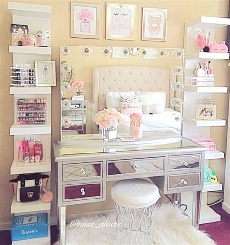 makeup room furniture best 25 makeup vanity organization ideas on vanity organization vanity decor and