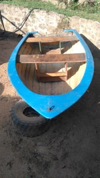 dinghy little boat small dinghy boats brick7 boats