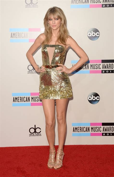 how tall is taylor swift s brother taylor swift weight height and age we know it all