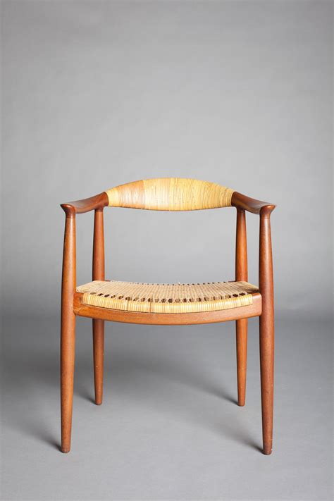 iconic chair design  famous  kennedy nixon debate antiquesandartirelandcom