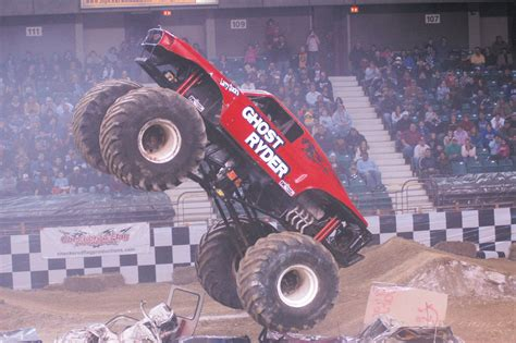 monster truck video extreme monster truck nationals video