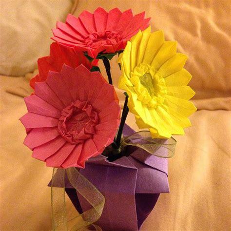 Origami Gerbera - origami gerbera daisies by minnichi on deviantart