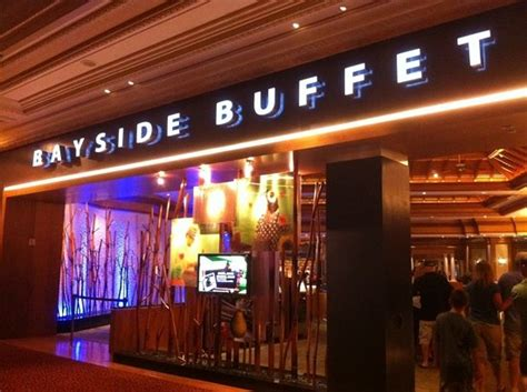Mandalay Bay Bayside Buffet Las Vegas Restaurant Mandalay Bay Restaurants Buffet