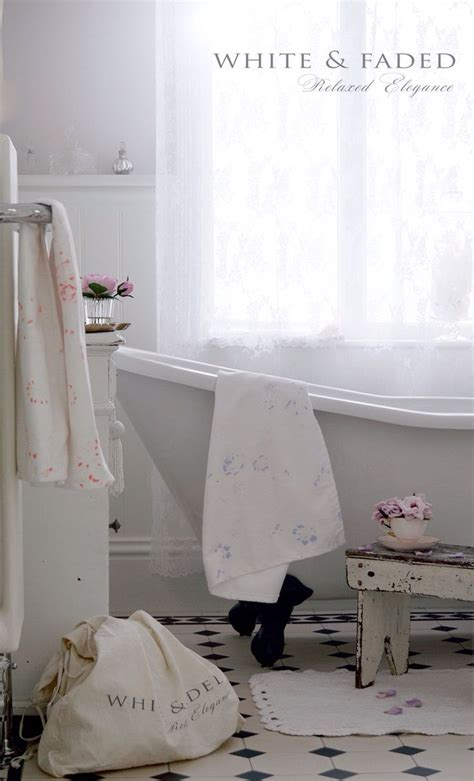 pinterest shabby chic bathrooms white faded towels bathrooms from the past pinterest