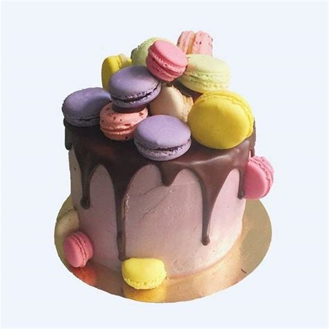 Vanilla & Chocolate Birthday Cake Delivered in London ? Anges de Sucre