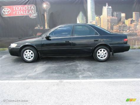 Toyota Camry Black On Black 1999 Toyota Camry Black Pictures To Pin On