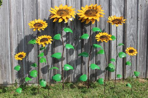 Sunflower Garden Decor 67 Quot Recycled Metal Sunflower Stake Yard Decor