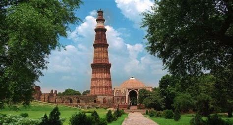 qutub minar biography in english essay on qutub minar in english for students children