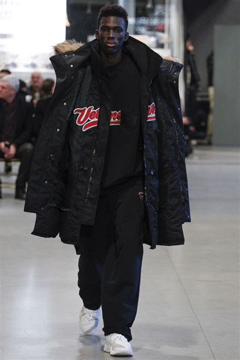 vetements fall  sgustok design