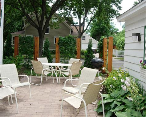 outdoor design ideas creating privacy in small outdoor spaces