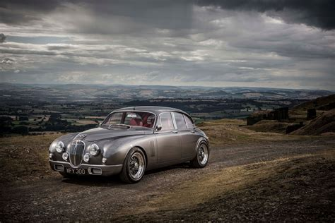 jaguar mk2 by ian callum now in production by car magazine