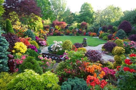 seasons garden   beautiful home gardens