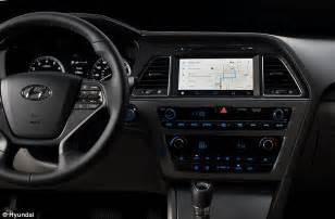 hyundai to add android auto system to its car models daily mail - Android Phone Running