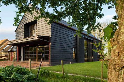 Saltbox House Plans Designs by Oude Feestschuur Omgetoverd Tot Te Gekke Woning Roomed