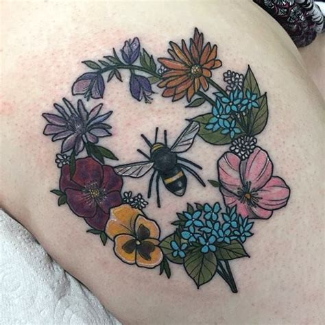 traditional flower tattoo designs best 25 neo traditional ideas on neo